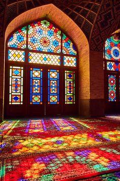 Persian Architecture, Religious Architecture, Beautiful Architecture, Beautiful Buildings, Art And Architecture, Stained Glass Church, Stained Glass Art, Stained Glass Windows, Mosaic Glass