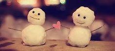 Na ausência, a verdadeira amizade não se enfraquece e o sorriso e abraço sincero do amigo é o maior presente do reencontro.