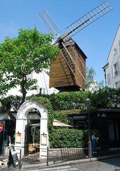 Le Moulin de la Galette Restaurant, Paris
