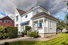 SKIEN - FALKUM - Sveitservilla med flott beliggenhet - Dobbel garasje - 4 (6) soverom | FINN.no