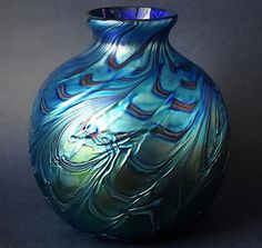 Richard Golding Station Glass Blue Twisted/Ribbed Vase http://www.bwthornton.co.uk/isle-of-wight-richard-golding-bath-aqua-glass.php