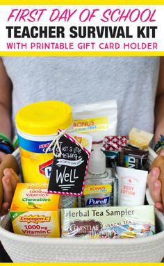 Schul Survival Kits, Survival Kit For Teachers, Teacher Survival, Survival Supplies, Teachers Toolbox, Survival Prepping, Teacher Gift Baskets, Teacher Treats, Best Teacher Gifts