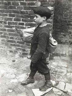 ba42d4b7834 What clothes did Victorian children wear