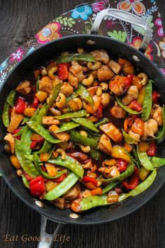 Kung Pao Chicken. Done in just 20 minutes and much better than take out. Healthier too. #cleaneating #kungpao
