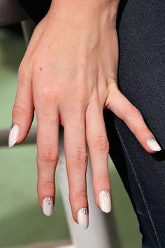 15 Unique Wedding ManicureIdeas | Daily Makeover