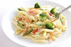 Skinny Pasta Primavera: Low-fat ricotta cheese and whole grain pasta cut calories and fat and add filling fiber