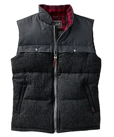 Woolrich Men's Passage Vest/ too bad he doesn't wear puffer vest :( supa sexy with baggy jeans ..