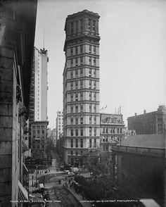Beautiful+Old+New+York+Buildings+That+No+Longer+Exist+%2811%29.jpg (577×720)