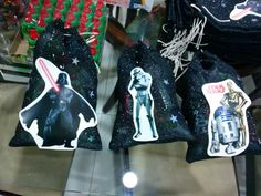 Star Wars, Christmas Ornaments, Stars, Halloween, Holiday Decor, Party, Google, Home Decor, Candy Bags
