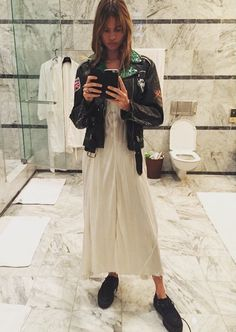 Behati Prinsloo, Classic Outfits, Cool Outfits, Casual Outfits, Tomboy Fashion, Fashion Outfits, Fashion Trends, Fashion Stylist, Spring Fashion Casual