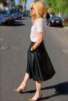 #jenknowsbest #jenandrews #leopard #lace #leather #streetstyle #style #blog #blogger #fashionblogger #midiskirt #midi #madewell #asos #christianlouboutin #louboutins #fall www.jenknowsbest.com