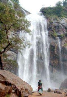 Jalagamparai waterfalls, Yelagiri