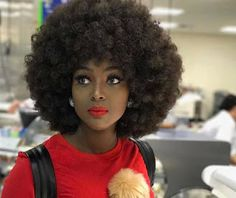 "Is Amara La Negra Hair Real? Yes Amara La Negra's hair is real. Her Afro is not a wig it's natural. The video below shows her mother taking out her braids to let Amara's natural Afro flourish. In episode 5 of Love and Hip Hop Miami's first season ""Good Hair"" we see Amara's straight hair. Scroll down to see pics of Amara's new look. After speaking to Juju Amara decided to switch things up. Young Hollywood's comments about Amara's hair Producer Young Hollywood received death threats after he…"