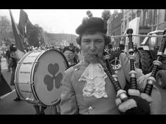 #Ireland #PaddyDay #ItalishMagazine collection St Patrick's Day Parade. Dublin City. March 17th 1982.  Credit: Independent Newspapers Collection