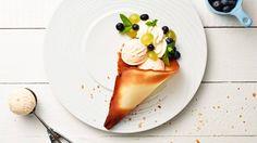 Jeśli szukasz przepisu na lodowy deser, koniecznie zajrzyj do Kuchni Lidla i skorzystaj z przepisu Pawła Małeckiego na owocowy róg obfitości!
