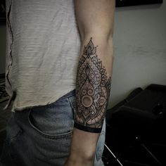Fresh WTFDotworkTattoo Find Fresh from the Web Thanks Soph! Mandala cut off cuff…