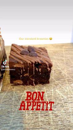 Cheesecake Brownies, Fudgy Brownies, Mars Bar Cake, Hazelnut Spread, Blondies, Bon Appetit, White Chocolate, Apple Pie, Cookie Dough