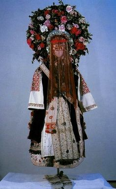 Young married woman's traditional costume (Bulgaria) isn't this wonderful!!