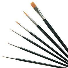 Good-quality artists' brushes for painting and dusting sugar work