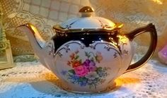 Gorgeous vintage full size teapot beautiful floral sprays and fabulous gilding