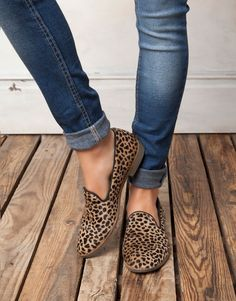 pull and bear animal Print shoes