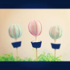 Adorable Hot Air Balloon Cake Pops