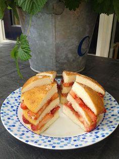 Eierkoek met aardbeien, heerlijk Pancakes, French Toast, Breakfast, Food, Breakfast Cafe, Pancake, Essen, Yemek, Meals