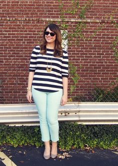 This girl has some great ideas on fashion for curvy women--gotta try her colored jeans!