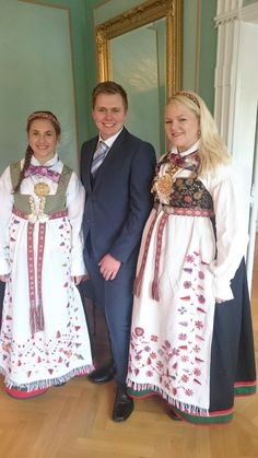"""Beautiful place in the summer. Norwegian Clothing, Folk Clothing, Norway, All Things, Scandinavian, Irish, Sari, Costumes, Embroidery"