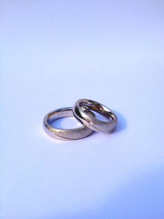 Wedding rings in palladium 950 with a brilliant