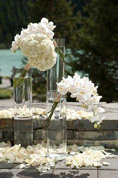 Pure elegance | Photography: Orange Girl Photographs,Floral Design: Flower Artistry