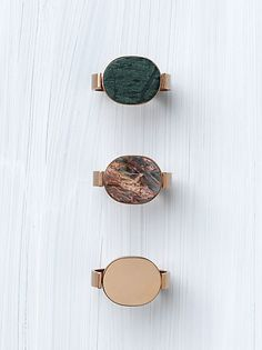 Signet Stone Bracelet    in Brass and Marble Bottle Green  46D516SIF.31BT    in Brass and Marble Grey Pink  46D516TIB.02GP    in Brass Rose Gold  46D496BRA.35RG  .