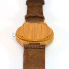 Oasis, Vaalea Puinen Rannekello - Kaarna www.kaarnakellot.fi Wood Watch, Oasis, Belt, Watches, Accessories, Wooden Clock, Belts, Wristwatches, Clocks