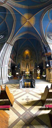 Remagen Apollinaris Church Vertorama by HarryBo73, via Flickr