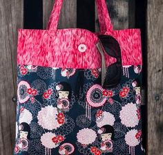 This is an awesome Reusable Grocery Bag pattern!