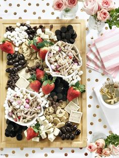 Chocolate and Fruit board for Girl's Night in - Galentine's Day Sweets & Strawberries - Galentine's Day Party - Girl's night in ideas with chocolate and treats - This is our Bl Almond Bark, Valentines Day Desserts, Fruit Party, Best Fruits, Party Entertainment, Party Treats, Charcuterie Board, Sweet And Salty, Easy Snacks