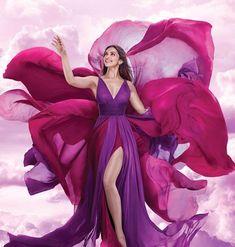 Deepika Padukone for Vistara TVC 2018 Deepika Ranveer, Deepika Padukone, Bollywood Fashion, Bollywood Actress, Rainbow Fashion, Beauty Around The World, Estilo Fashion, Indian Beauty Saree, India Beauty