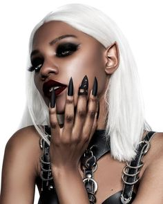 Pleasure Claw Ring in Black - A faux claw on a midi ring by Rogue & Wolf Black Scene Girls, Black Girls, Black Women, Alternative Makeup, Alternative Girls, Black Goth, Goth Women, Aesthetic People, Afro Punk