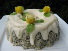 the happy raw kitchen: lemon popyseed cake