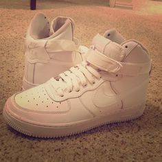 High top Nike Air sneakers BRAND NEW Nike Air sneakers! Only worn once inside! White Nike Shoes Sneakers