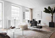 Минималистичная квартира в центре Стокгольма