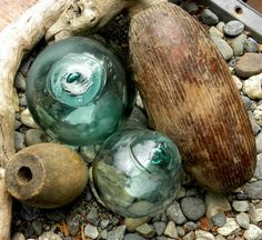 Antique cedar wood and glass floats, starter set, 5 fishing floats Cedar Wood, Weathered Wood, Glass Floats, Aqua Color, Beautiful Beaches, Fishing, Collections, Antiques, Etsy