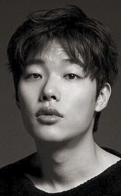 Ryu Joon Yeol, Portrait Lighting, Drama Korea, Handsome Boys, Korean Actors, Boyfriends, Pretty People, Kdrama, Idol