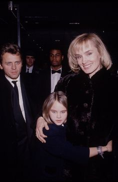 Actress Jessica Lange & dancer Mikhail Baryshnikov with their daughter Aleksandra (Shura) at the premiere of Lange's motion picture, Men Don't Leave. Jessica Lange Daughter, Mikhail Baryshnikov, Russian American, Male Ballet Dancers, Rudolf Nureyev, Dance Images, Actress Jessica, Russian Ballet, Celebrity Couples