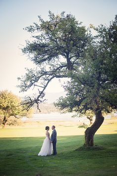 romantic rustic pink wedding | Melissa Gidney Photography | Glamour & Grace
