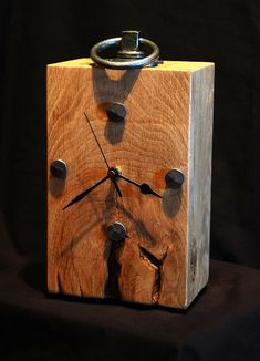 Rustic Wood & Hardware Clock - oak clock | Home :: Images of previous commisions :: A character Oak Clock