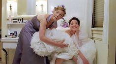 Já pensou em como ir ao banheiro, fazer xixi, com vestido de noiva?   Olha, isso tá naquela lista de coisas que acontecem no casamento mas ninguém conta! Como estamos entre noivas e isso acontece mesmo vamos abrir o jogo! Se tem uma coisa que nem passa pela sua cabeç…