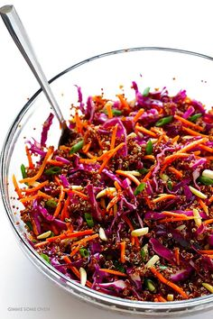 Easy Asian Quinoa Slaw Gimme Some Oven vegan asian slaw salad - Vegan Coleslaw Asian Quinoa Salad, Quinoa Salat, Vegetarian Recipes, Cooking Recipes, Healthy Recipes, Diet Recipes, Quinoa Salad Recipes Easy, Protein Recipes, Recipes Dinner