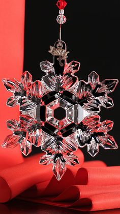 Waterford 2014 Snow Crystal Pierced Ornament...TG