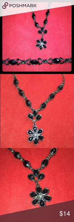 Necklace & Bracelet Set Gorgeous Fashion Jewelry Necklace and Bracelet Set unknown Jewelry Necklaces